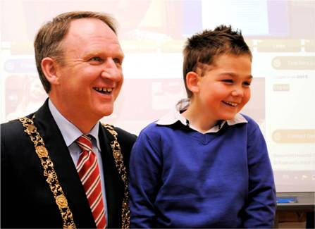 Lord Mayor at Beaumont Childrens School Website Launch