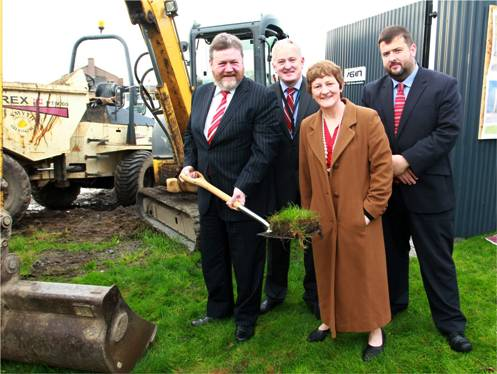 Minister_Reilly_Sod_Turning